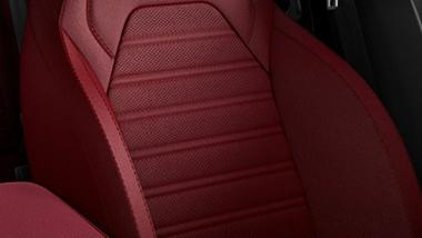 Alfa Romeo Giulia (2019) Interior 020