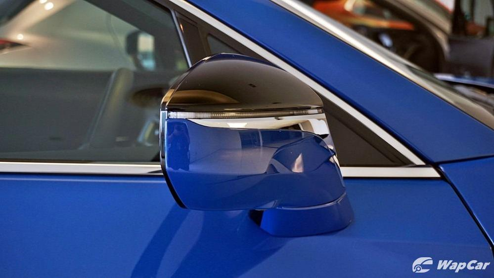 2020 Lexus UX 200 Luxury Exterior 047