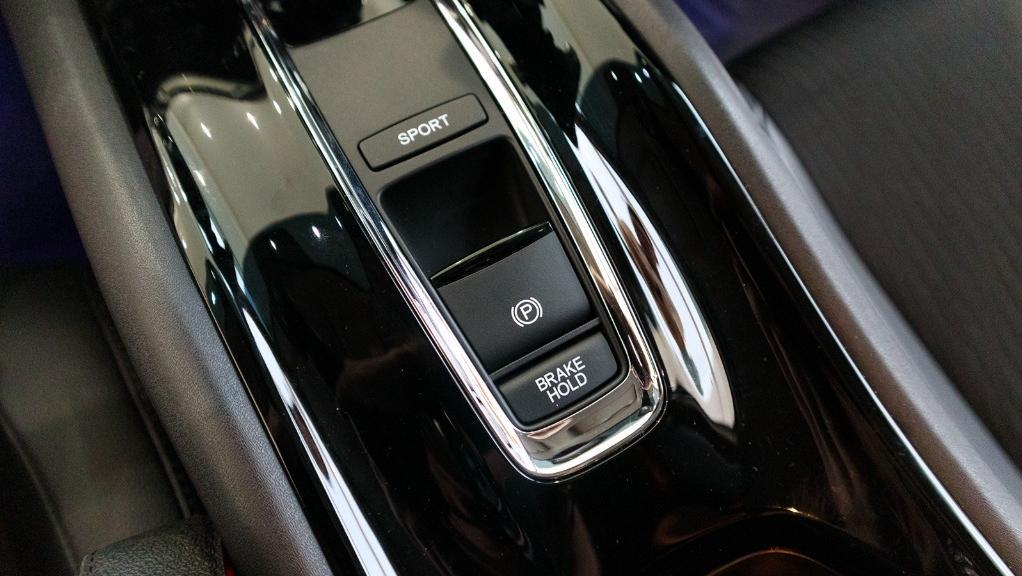 2019 Honda HR-V 1.5 Hybrid Interior 019