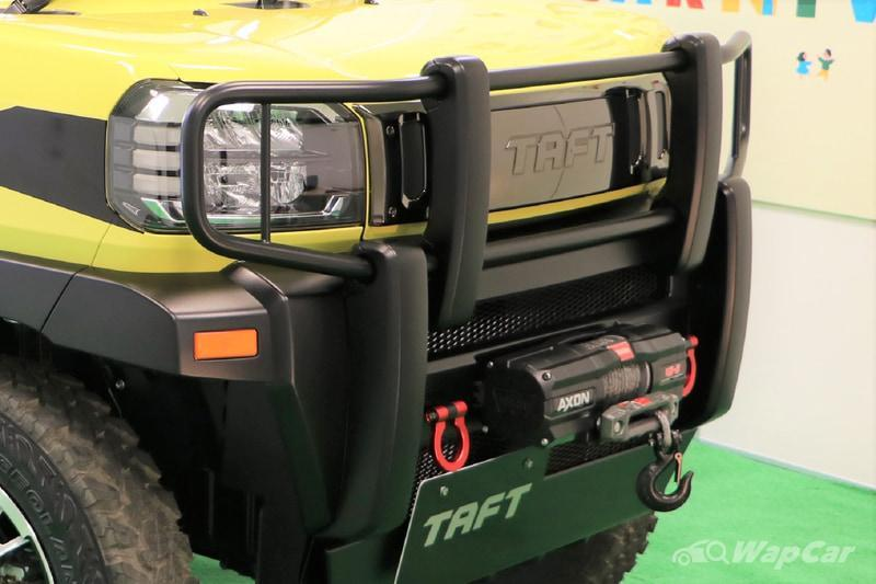 The D55L's lil brother, the Daihatsu Taft flexes its taft-ness with some off-roading gear 02