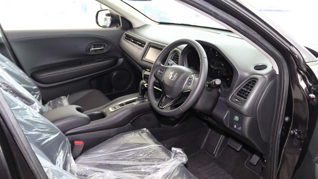 2019 Honda HR-V 1.8 E Interior 002