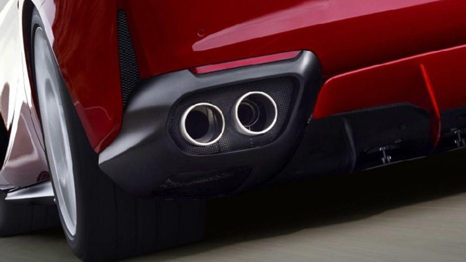 Ferrari 812 Superfast (2017) Exterior 013