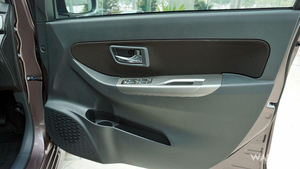 Perodua Bezza (2018) Interior 002