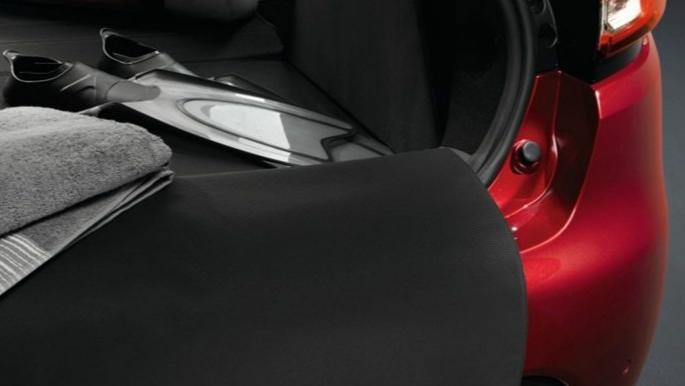Renault Clio (2019) Interior 008