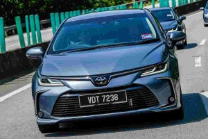 Quick Review: All-New Toyota Corolla Altis