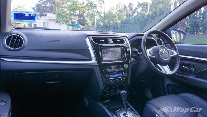 2019 Perodua Aruz 1.5 AV Interior 003