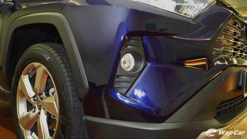 2020 Toyota RAV4 2.5L Exterior 101
