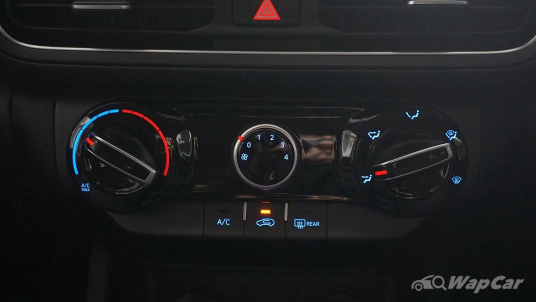 2021 Hyundai Kona 2.0 Standard Interior 029