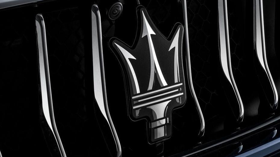 Maserati Quattroporte (2018) Exterior 008
