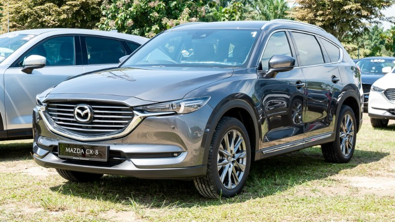 2019 Mazda CX-8 front view