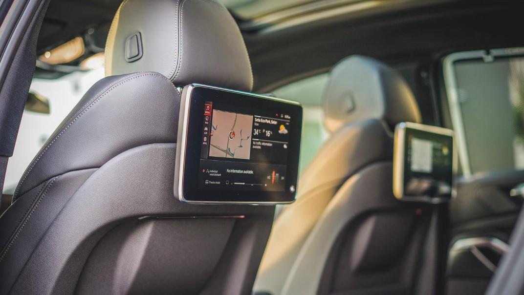 2020 BMW X6 xDrive40i M Sport Interior 014