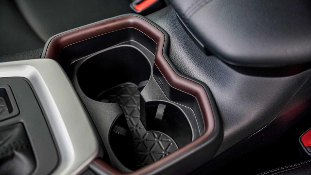 2020 Toyota RAV4 2.5L Interior 022