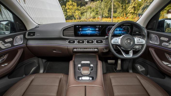 2020 Mercedes-Benz GLS 450 4Matic Interior 001