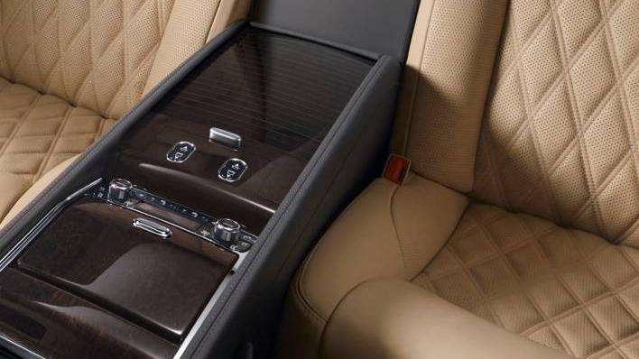 Bentley Mulsanne (2017) Interior 009