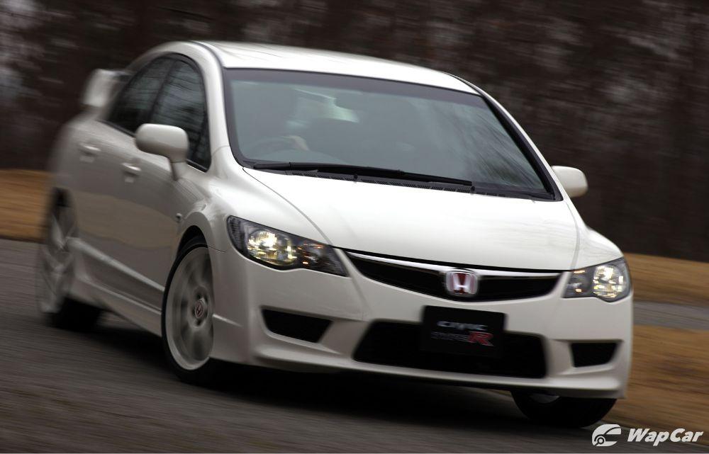 Honda Civic FK8 lawan FD2 Type R. Bukankah yang baru selalunya lebih bagus? 02