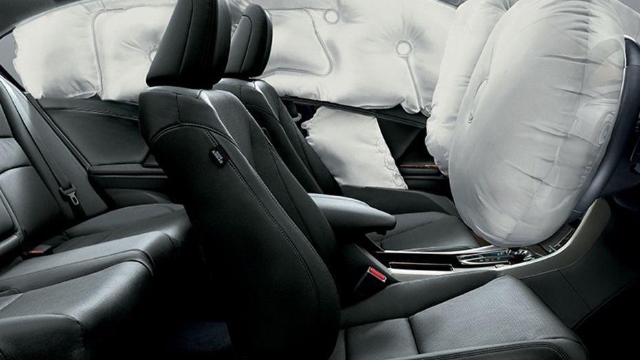 Honda Accord (2018) Interior 014