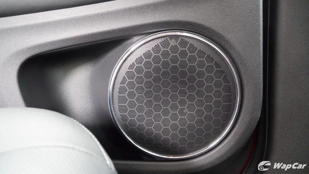 2019 Honda HR-V 1.8 RS Interior 043