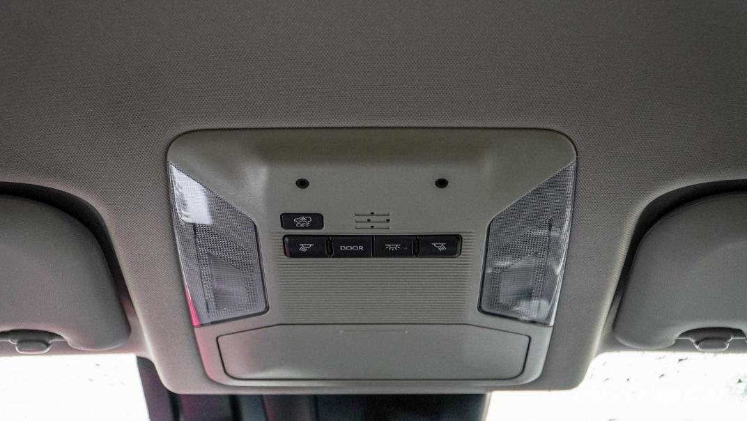 2020 Toyota RAV4 2.5L Interior 170