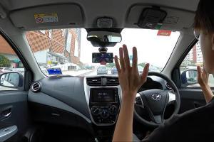 2 rakyat Malaysia bangunkan teknologi self driving pada Perodua Axia!
