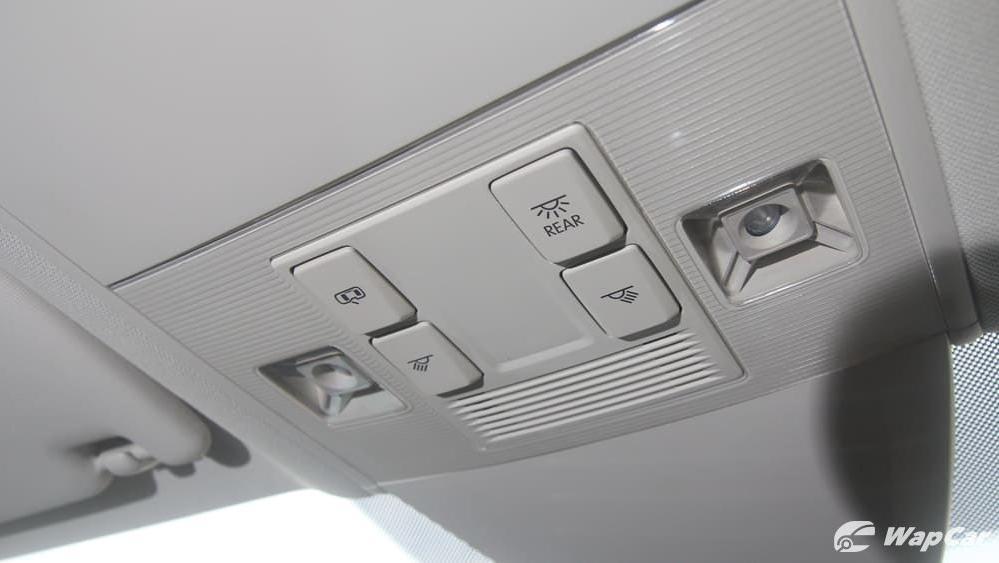 2018 Volkswagen Passat 2.0 TSI Highline Interior 064