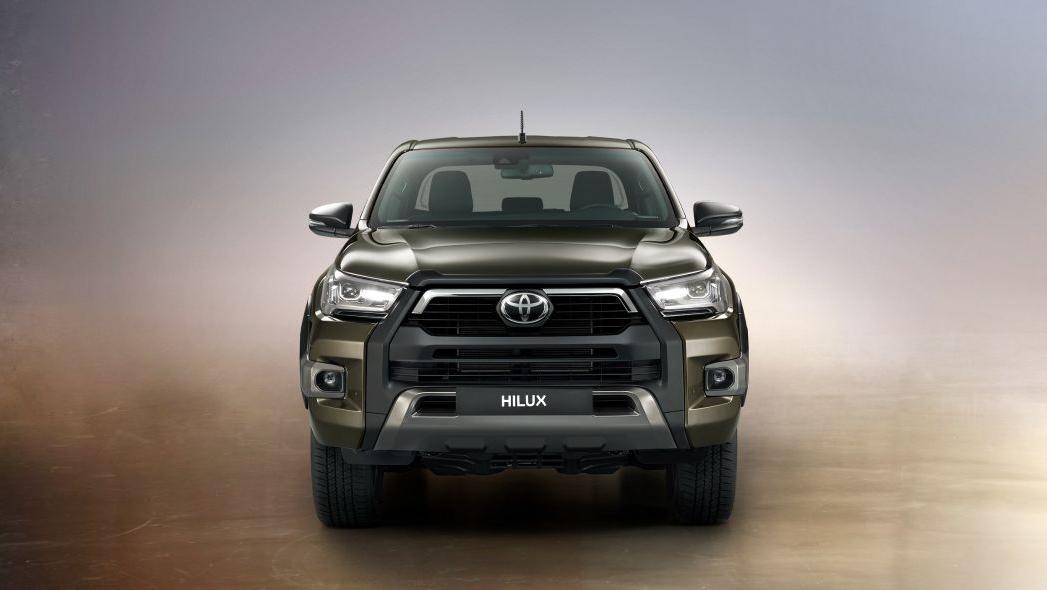 2020 Toyota Hilux Exterior 002