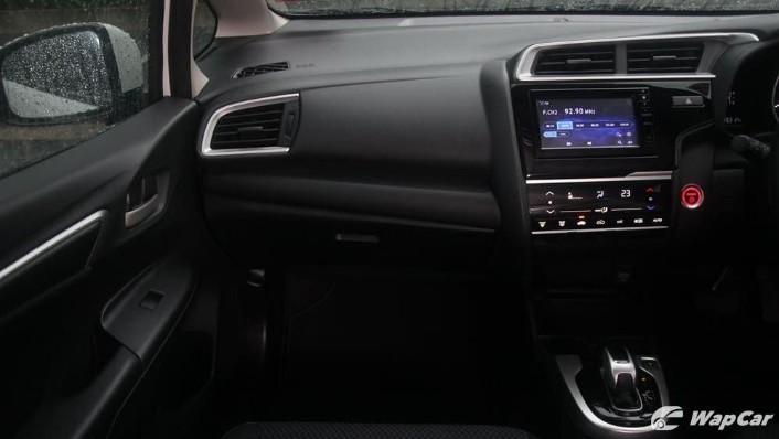 2019 Honda Jazz 1.5 Hybrid Interior 004