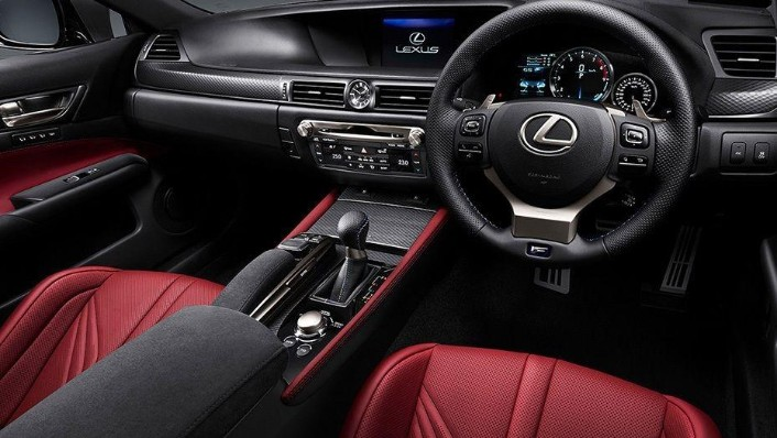 Lexus GS (2018) Interior 001