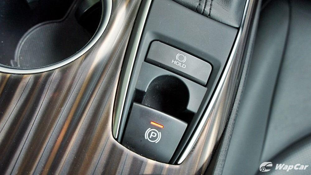 2019 Toyota Camry 2.5V Interior 095