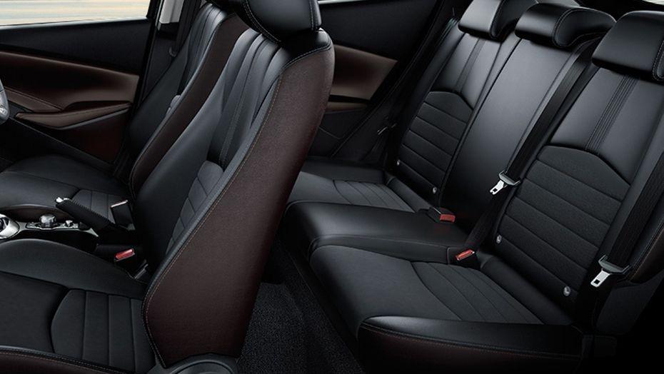 Mazda 2 Sedan (2018) Interior 009