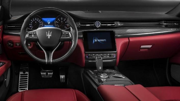 Maserati Quattroporte (2019) Interior 002