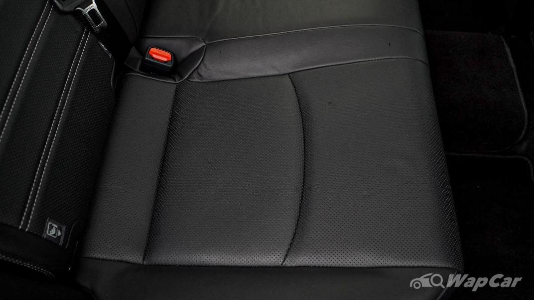 2020 Toyota RAV4 2.5L Interior 160