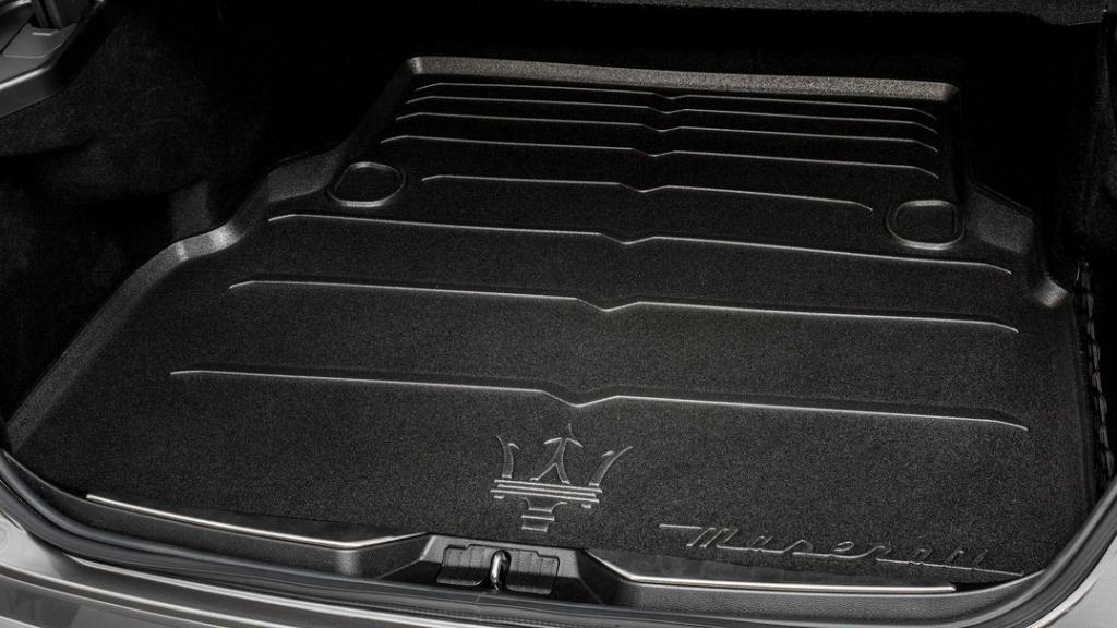 Maserati Quattroporte (2019) Others 001