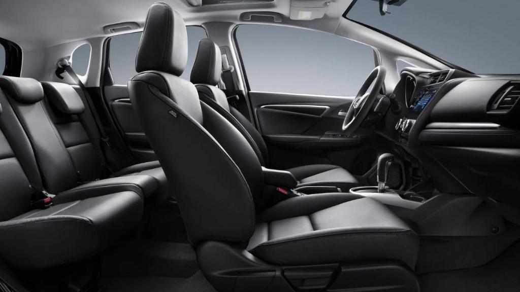 Honda Jazz (2019) Interior 014