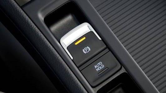Volkswagen Golf GTI (2019) Interior 006