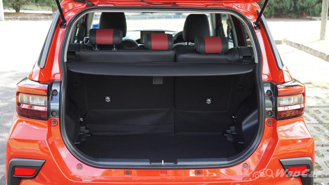 2021 Perodua Ativa 1.0L Turbo AV Special Metallic Interior 083