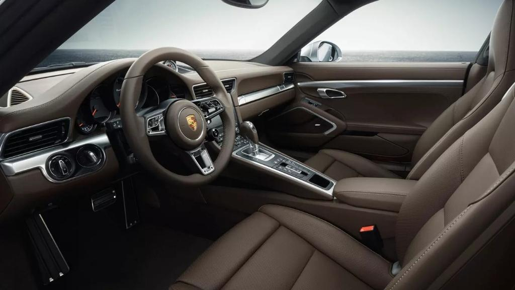 Porsche 911 911 Turbo Interior 001