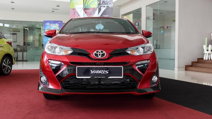 2019 Toyota Yaris 1.5E Exterior 002
