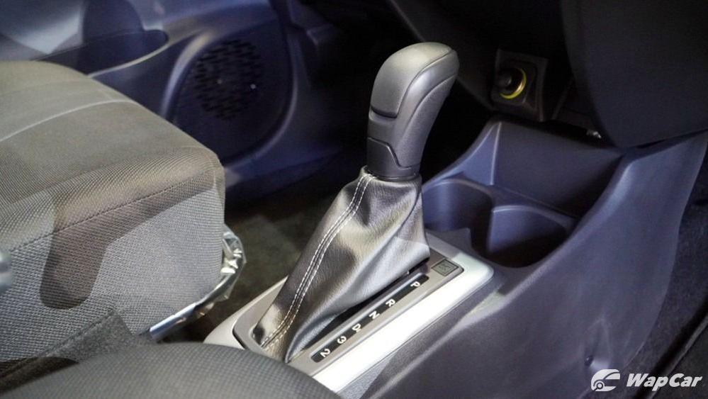 2020 Perodua Bezza 1.0 G (M) Interior 011