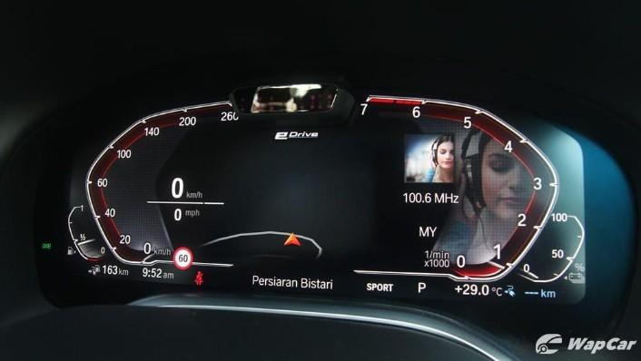 2019 BMW 7 Series 740Le xDrive Interior 008