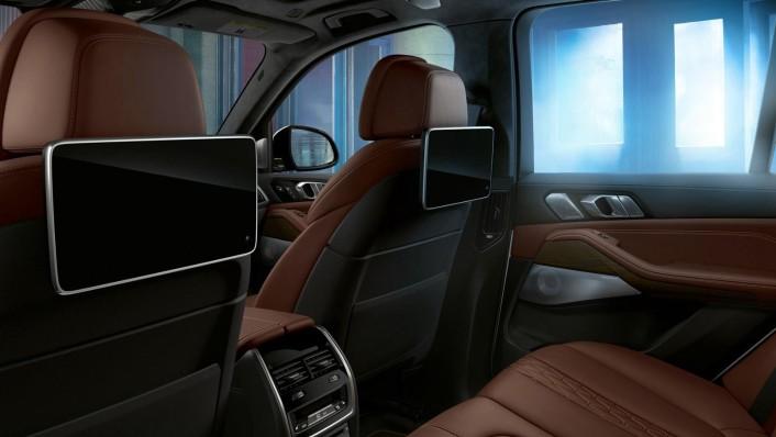 BMW X5 (2019) Interior 001
