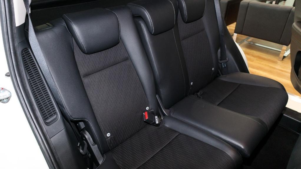 2019 Honda HR-V 1.5 Hybrid Interior 035