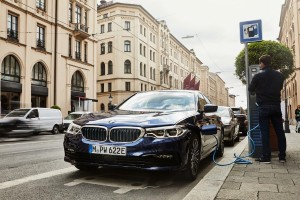 BMW updates 530e with improved battery cell technology