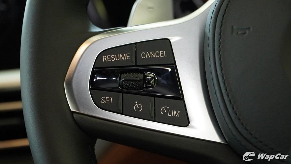 2019 BMW 3 Series 330i M Sport Interior 012
