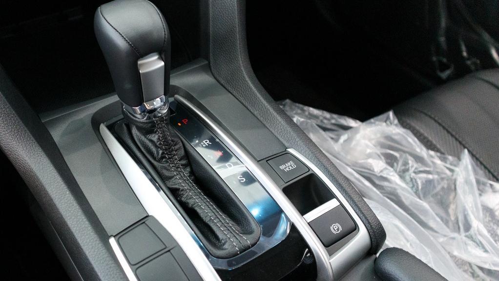 2018 Honda Civic 1.5TC Premium Interior 030