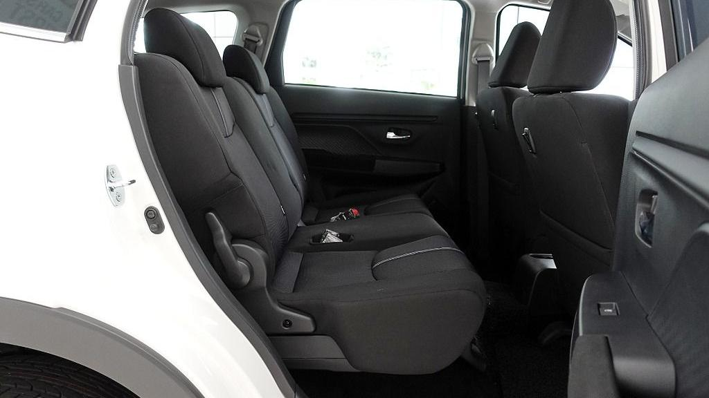2019 Perodua Aruz 1.5 X Interior 043
