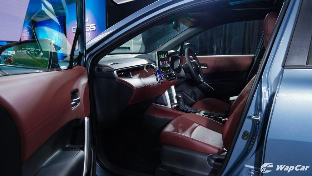 2020 Toyota Corolla Cross Interior 011