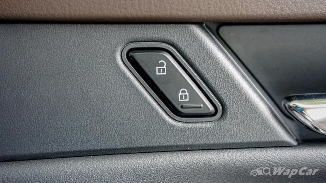 2020 Mazda CX-30 SKYACTIV-G 2.0 High Interior 032