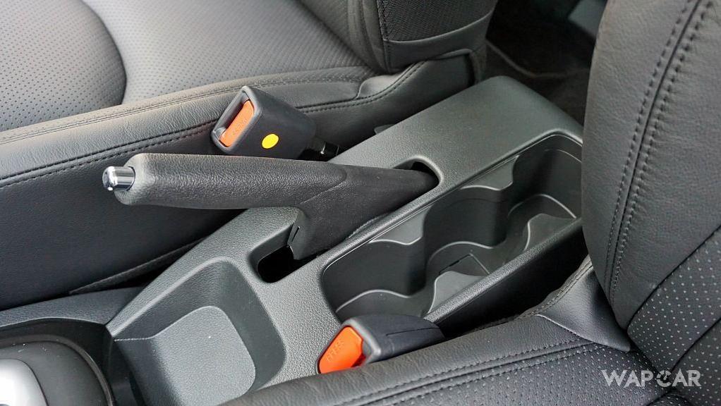 Perodua Aruz (2019) Interior 027