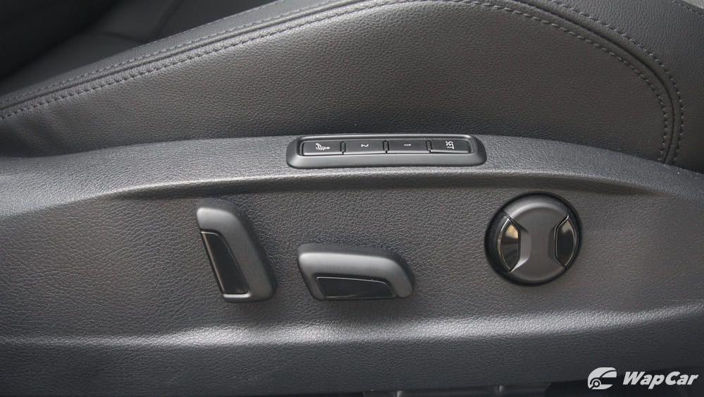 2018 Volkswagen Passat 2.0 TSI Highline Interior 039