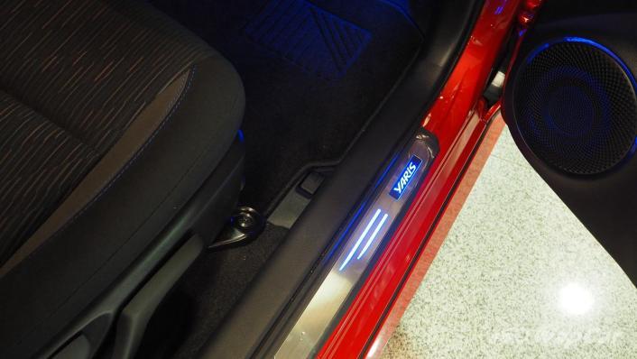 2021 Toyota Yaris 1.5G Interior 004